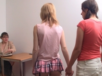 Vanda : Lesbian woman teaches girls how to fuck. : sex scene #14