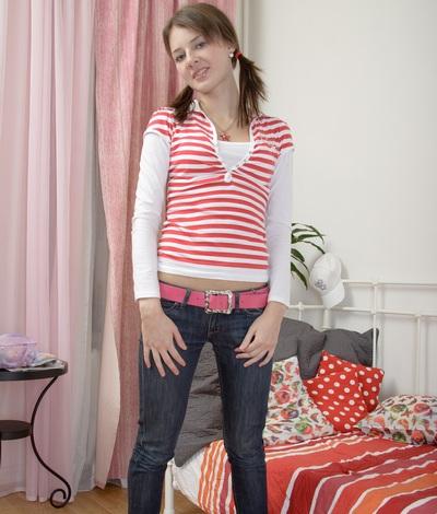 Sexy teen model Kira, 19 yo Kira from 1 Pass For All Sites